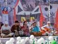 Музыканты из Новосибирска и Красноярска дружно поют бхаджаны